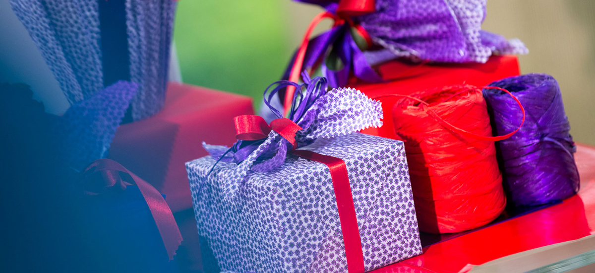 STAR: Produttore di carta regalo nastri decorativi e shopping bags